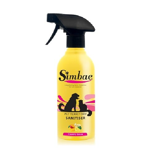 Simbae Pet Sanitiser Spray. Disinfect your dog or cats favorite territory. Use fresh scents from natural products.